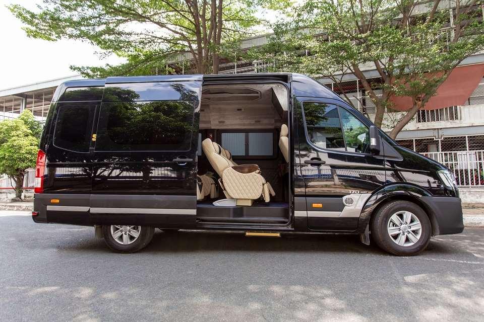 Thuê xe limousine Sài Gòn đi Cần Thơ