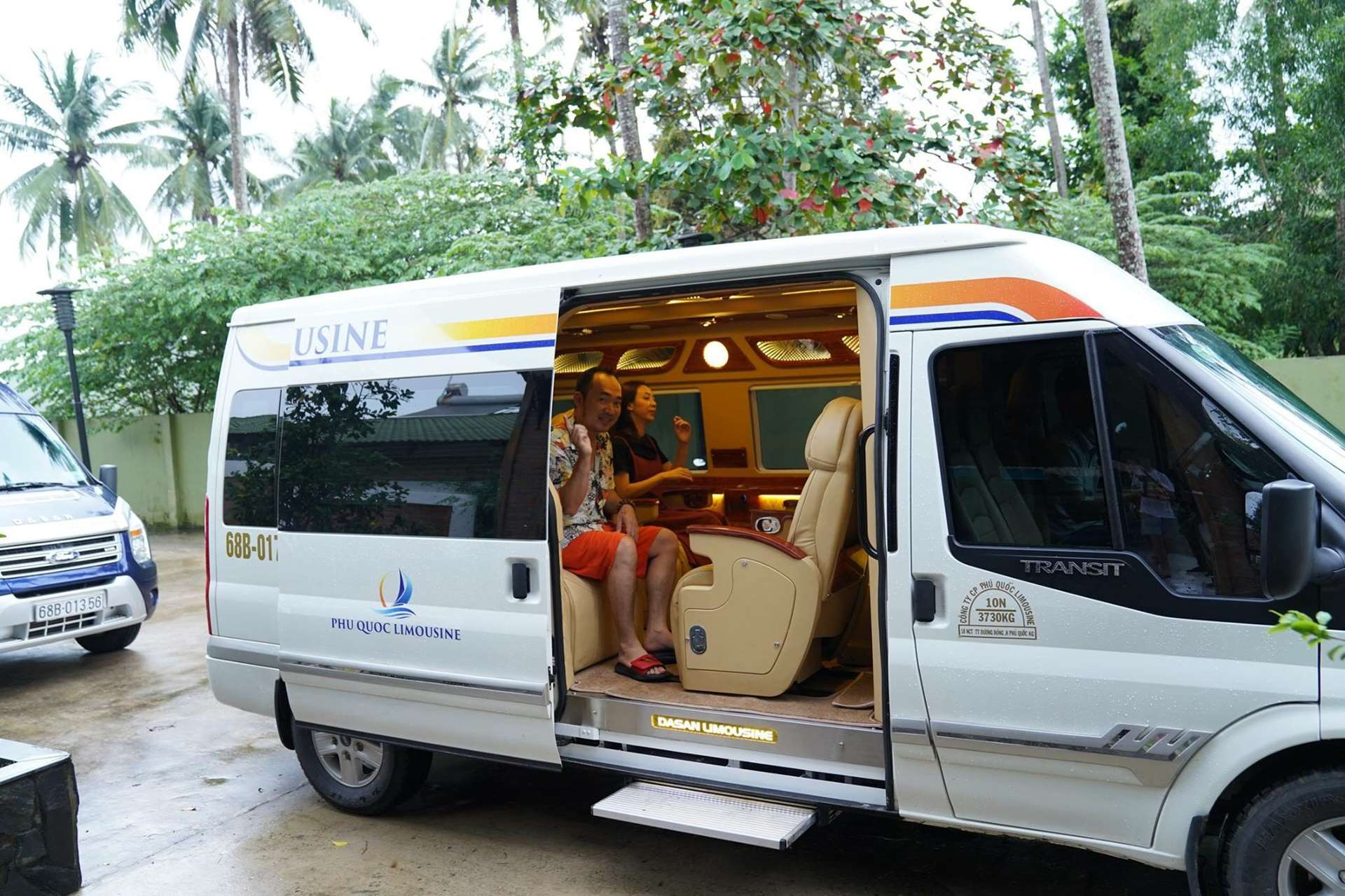 Thue xe limousine Phu Quoc uy tin