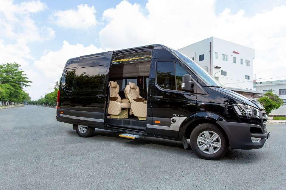 Xe limousine VIP Hà Nội đi Ninh Bình - nhà xe XE Việt Nam1