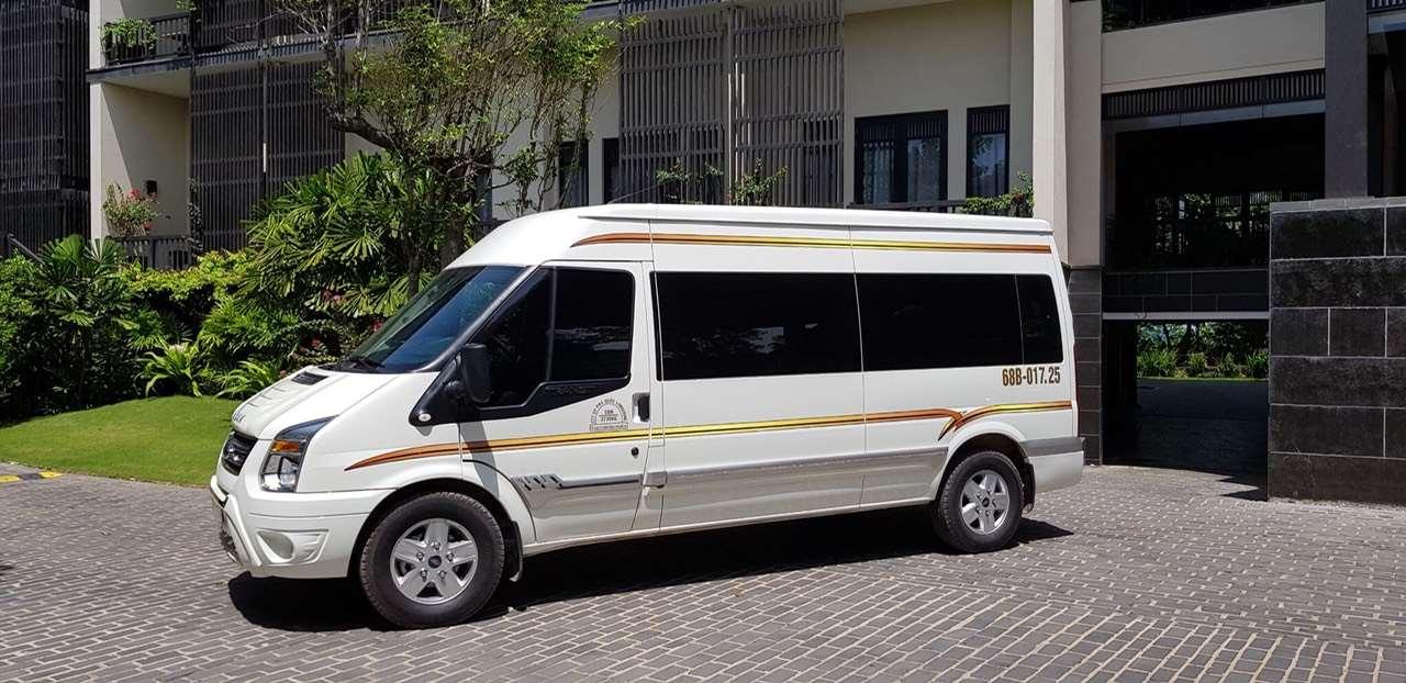 Thuê xe Limousine Phú Quốc đón Casino