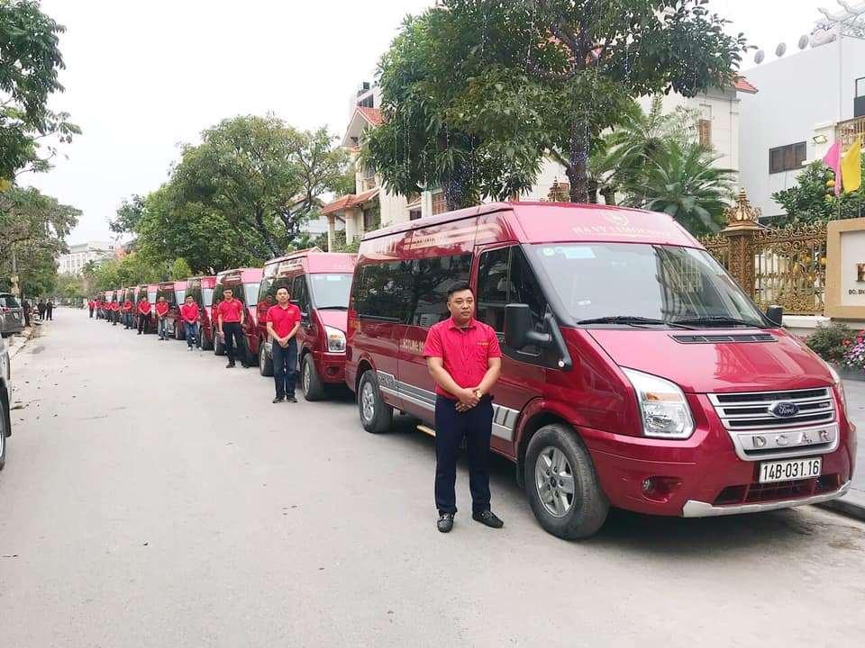 Xe VIP limousine Ha Vy tuyen Ha Noi - Ha Long - Quang Ninh