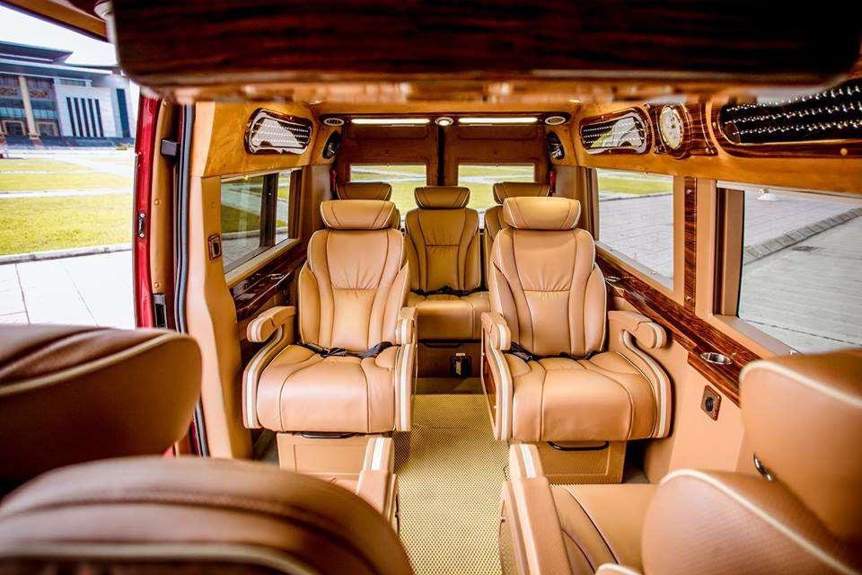 xe-limousine-ha-noi-di-bac-giang-hoa-huong-duong-limousine3