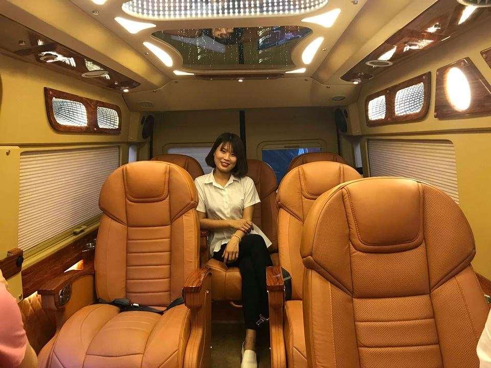 xe-limousine-ha-noi-di-bac-ninh-bac-giang-green-limo1