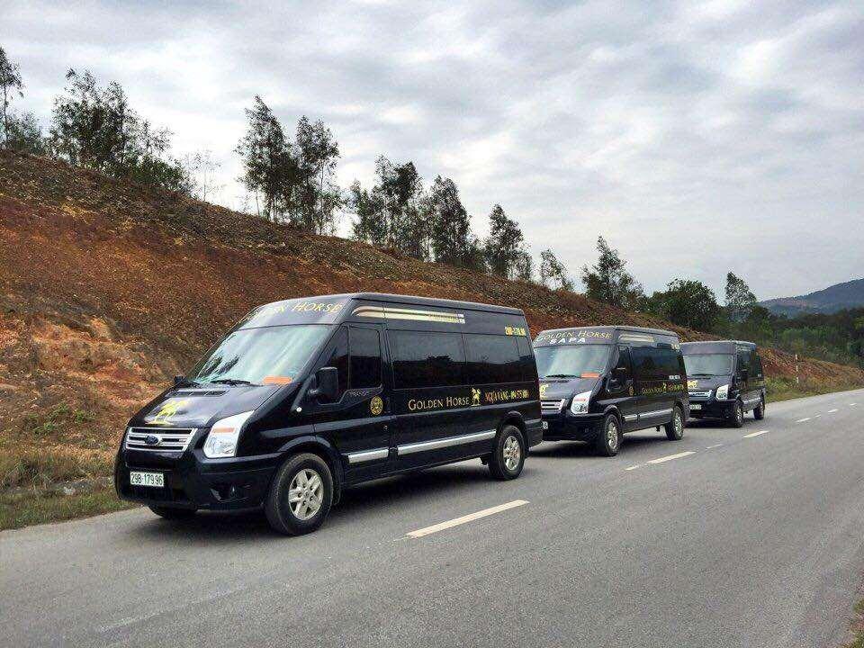 xe-limousine-ha-noi-di-sapa-golden-horse-limousine