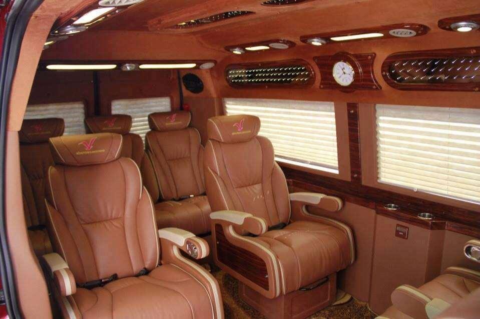 xe-limousine-ha-noi-di-vinh-hong-vinh-limousine1