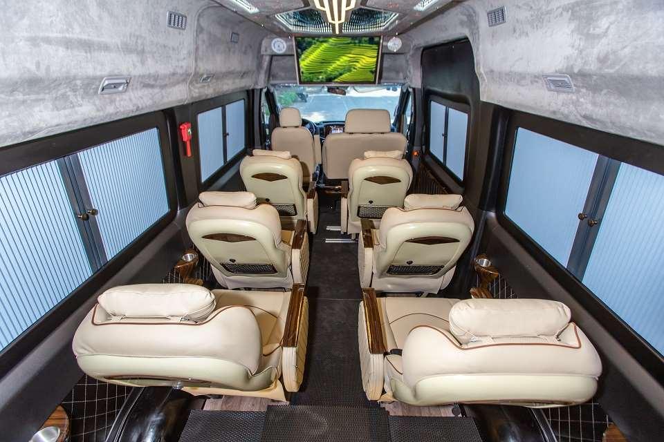 Thuê xe Solati Limousine Sài Gòn đi Phan Thiết 4 ngày 3 đêm