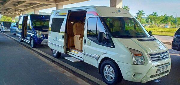 Cho thuê xe limousine Phú Quốc uy tín