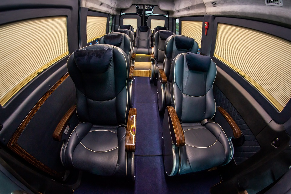 Thuê xe limousine Đà Nẵng đi Đà Lạt