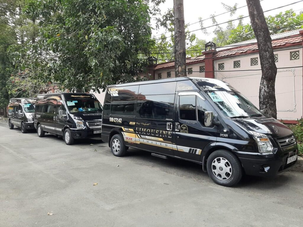 Xe VIP Limousine đi Nam Định - Hà Nội